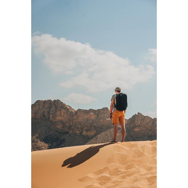 After many years we finally found the best solution how to travel with video and photo equipment - reliable @peakdesignczsk Travel Backpack🎒📽📷 #peakdesign #peakdesignczsk #travelbackpack #travel #backpack #pack #awesome #equipment #equip #photo #video #dune #sand #desert #dubai #best #solution #rock #shadow #mgfilm #production #videoproduction #camera