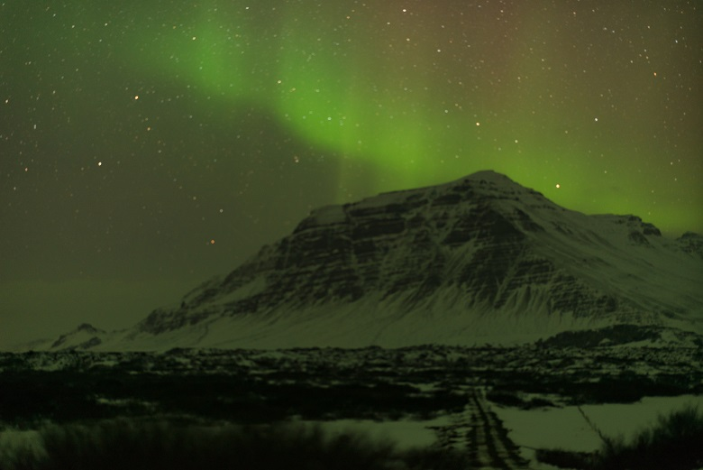 (This photo of the northern lights was taken by my friend Tai who happened to be in Iceland at the same time)