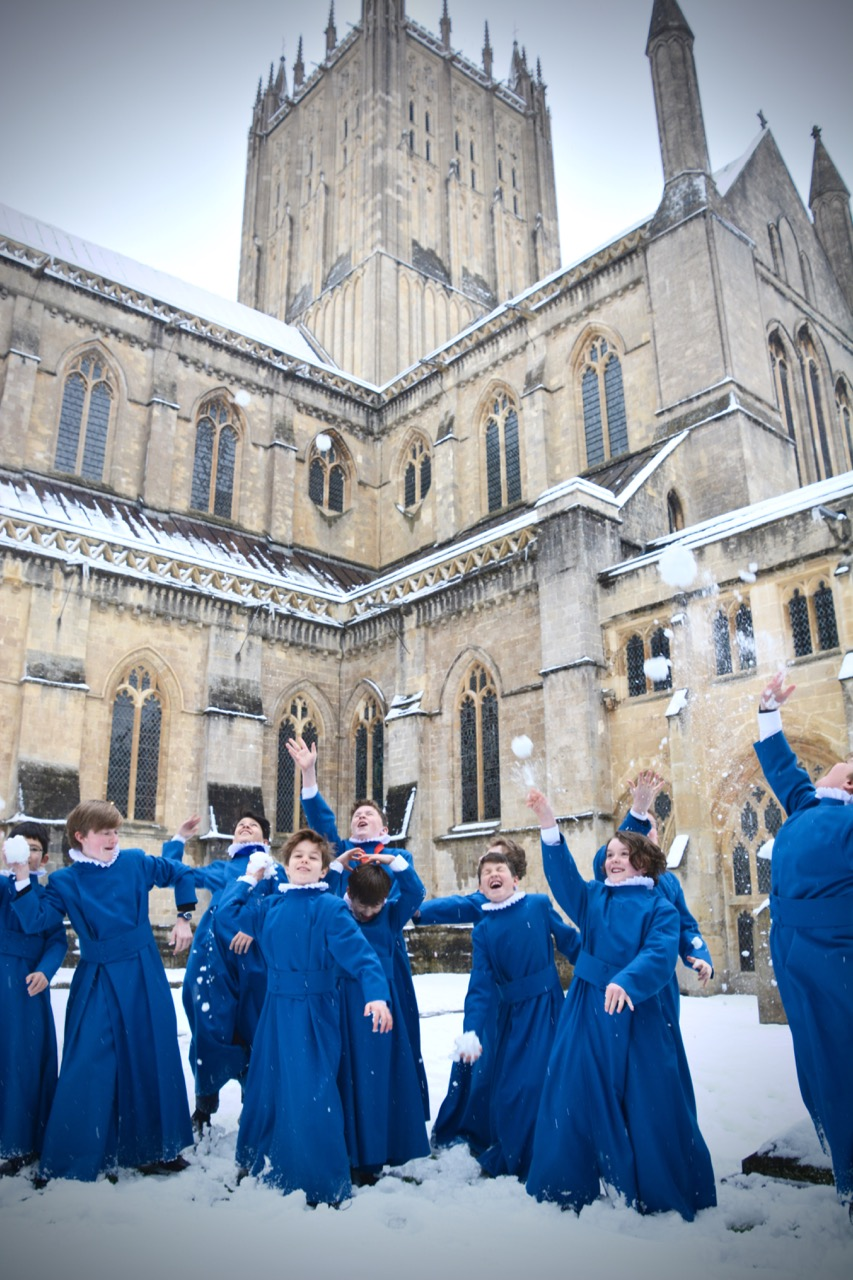Choristers in the Snow 180318 - 3.jpg