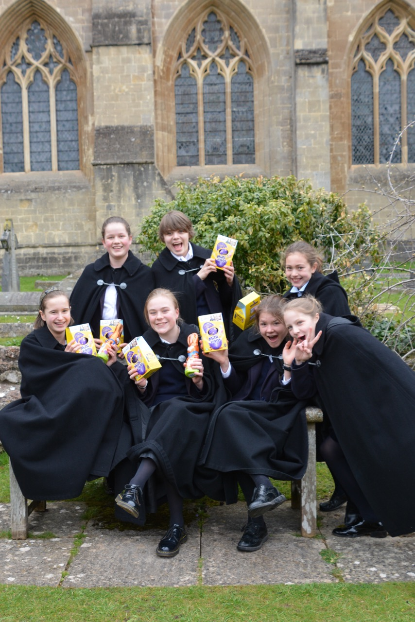 Choristers Easter Egg Hunt 010418 - 9.jpg