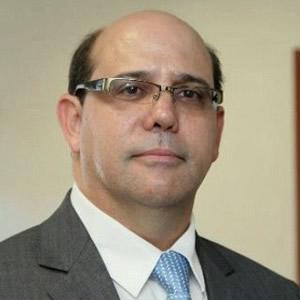 Ivan Martinez 300sq.jpg