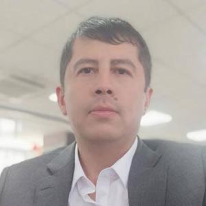 Oscar Martinez.jpg