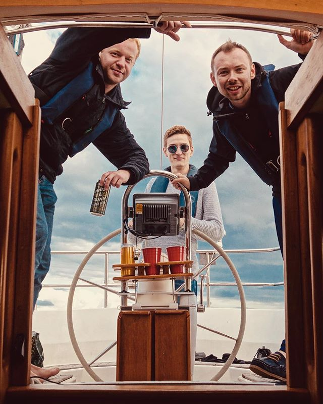 The motley crew of SV Moonfleet 🌊⛵️🌊 . . . #scotland #sailing #sea #yacht #yachtlife #argyll #argyllsecretcoast #scottish #wilderness #sailboat #crew #pirates #piratesofthecaribbean #westcoast #cockpit #oceanadventure #yachting #musicians