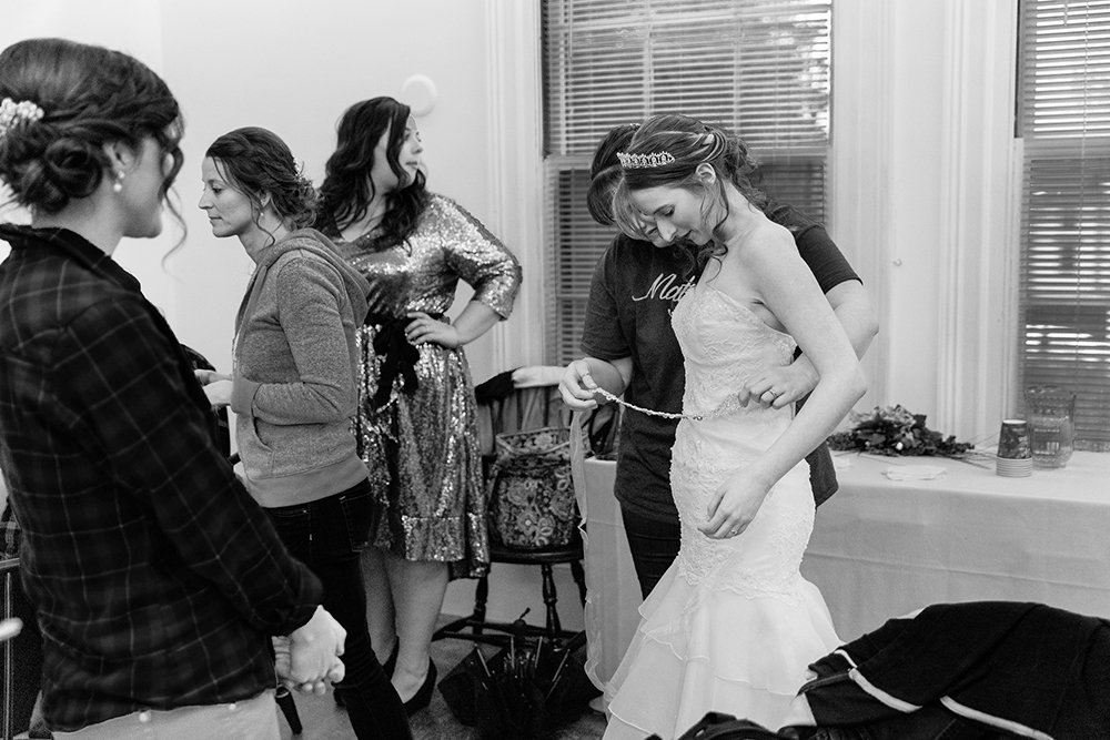 Suzanne-Simmons-Photography-Print-0032-bw.jpg