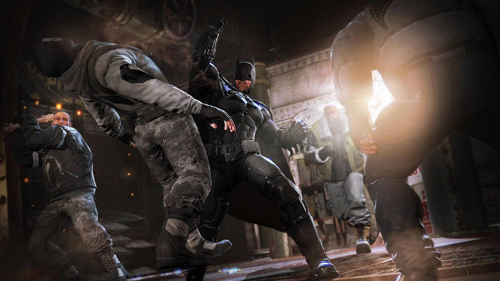 Freeflow combat returns in  Arkham Origins , though a greater emphasis is placed on timing to make players avoid button mashing. You mash, you get hit.