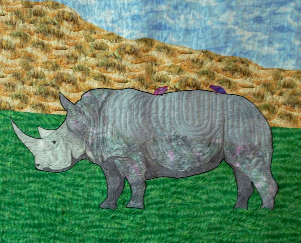 To see more beautiful quilts, go to Rosie's site: www.rhinoquilting.com