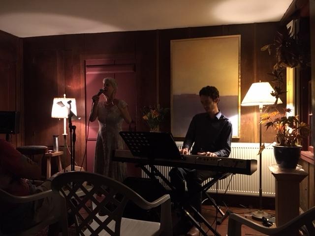 Jacki & Miro at Andree's.JPG