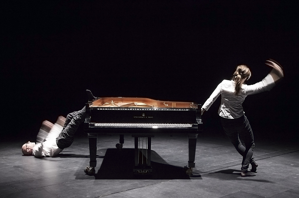 Toccata - for two dancing pianists 2015. Photo by Merja Isokoski.