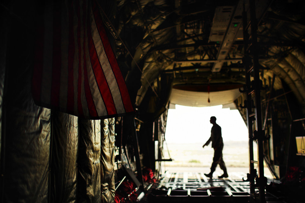 jeff-allen-web-military-120205_saul-_1033-us-flag-c17-sil_2.jpg