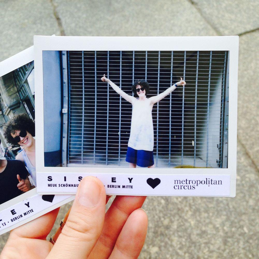 Metropolitan-Circus_Sisley-Eventserie_Recap_Selfie_Polaroid.jpg