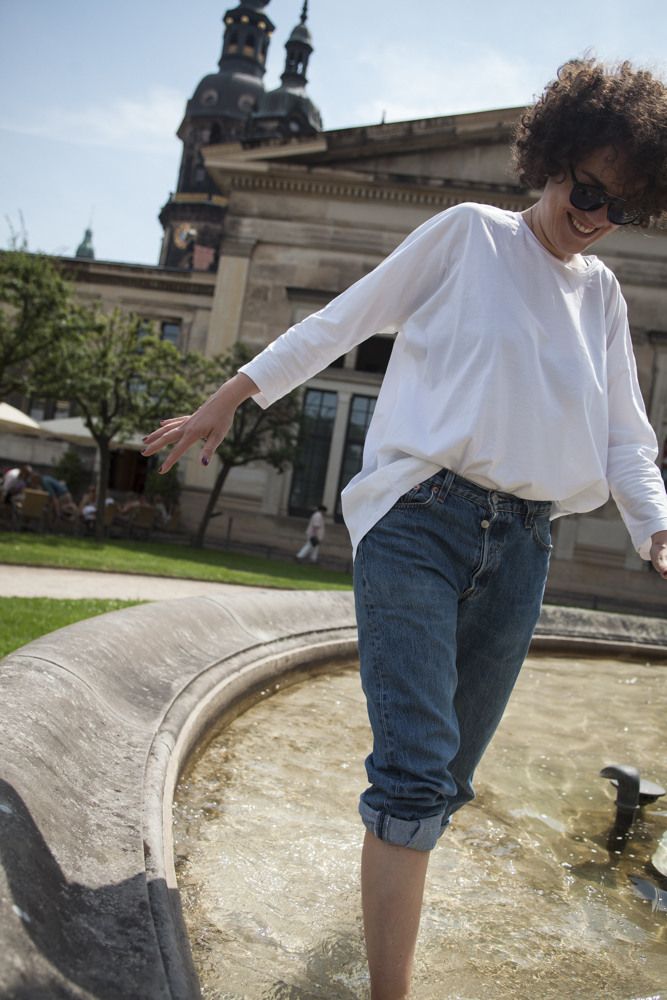 MetropolitanCircus_Outfit_Dresden_Normcore_Jeans_Levis_AlexanderWang_7