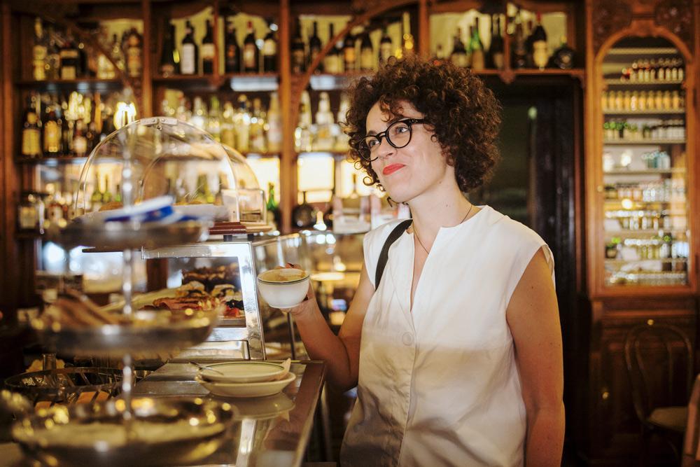 metropolitancircus_lagodicomo_bellagio-apessi shirt, mykita glasses