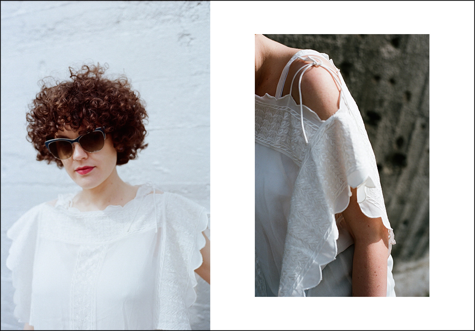 Kleid Etoile Isabel Marant, Denim Paige, Brille Giorgio Armani