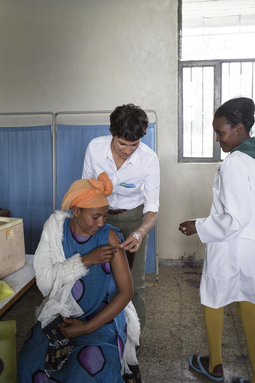 Pampers für UNICEF 2016: Projektreise nach Äthiopien mit Aktionsbotschafterin Jasmin Gerat