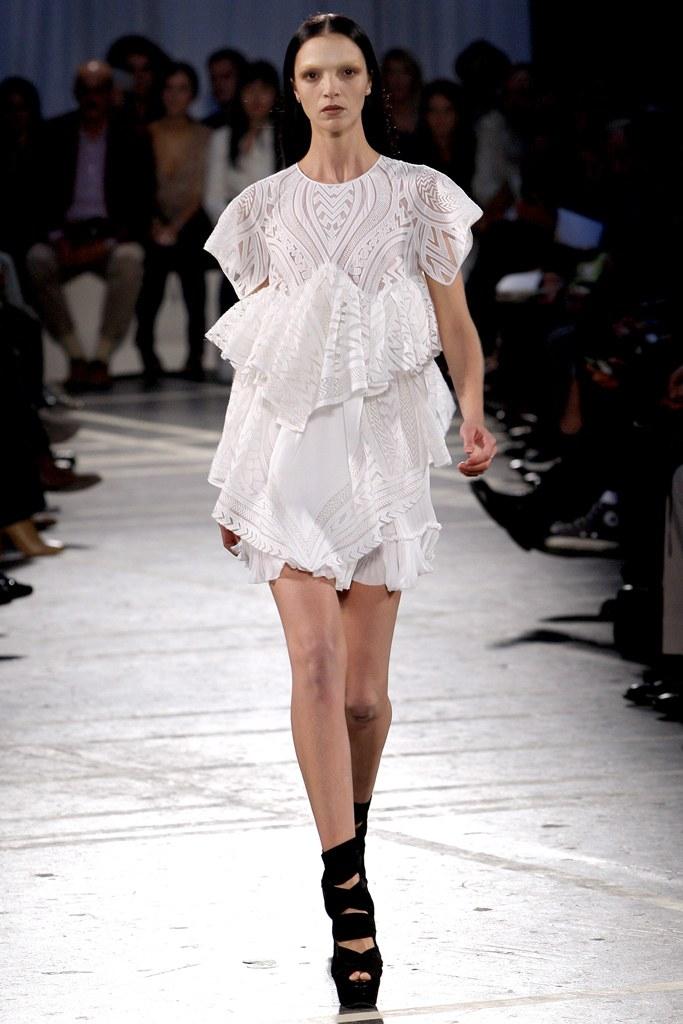 Givenchy SS 2010