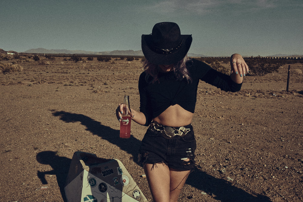 Desert-Editorial-Photoshoot_18.jpg