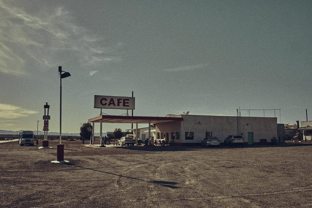 Desert-Editorial-Photoshoot_19.jpg