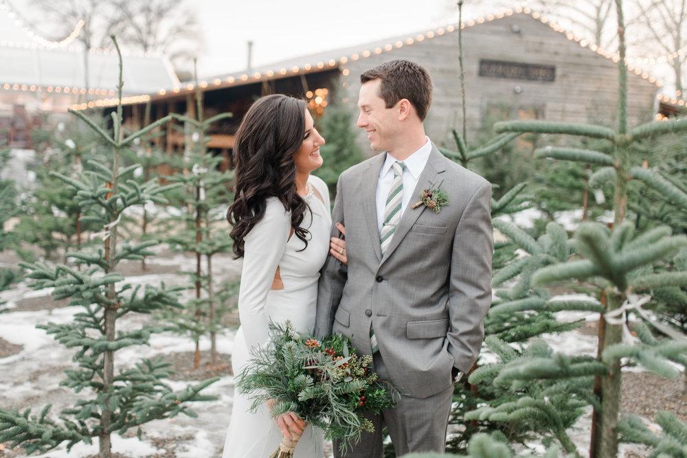 Alyssa and Jason Wedding-1Photographer Favorites-0021.jpg
