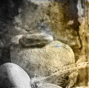 stones_texture_fadeout_grunge_small.jpg