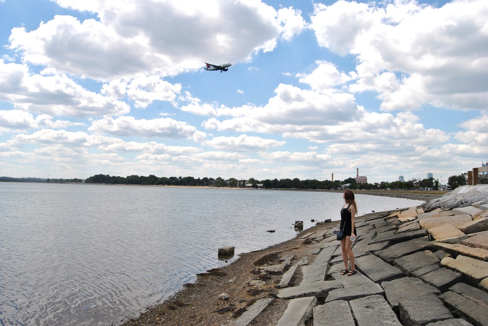 The planes come into Logan Airport to land from this direction, so if you've got as much #~~*wanderlust**~ as Lia and I do, or you enjoy the marvels of human engineering, then it's quite a treat to watch them swoop in overhead.