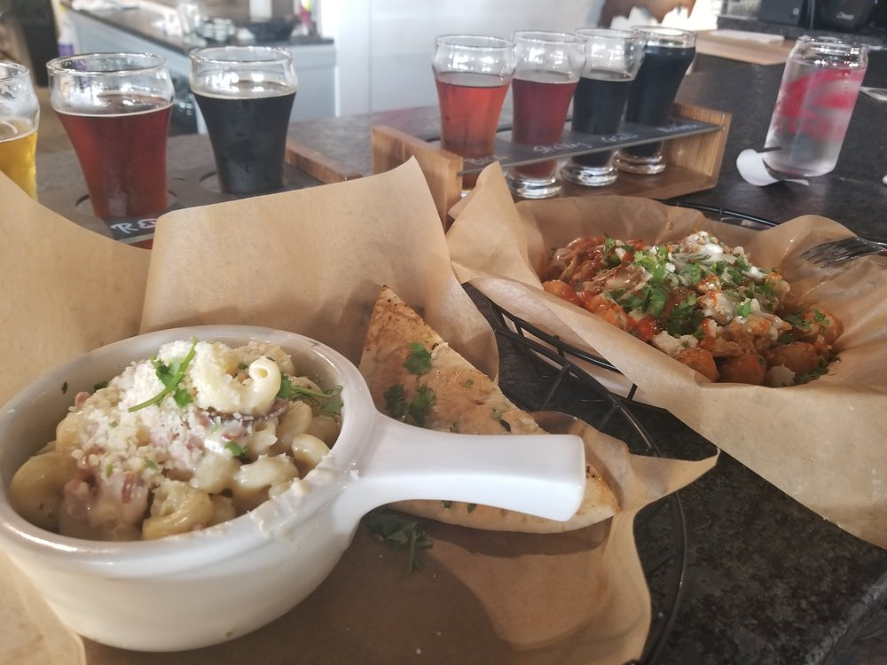 Stacy's Mom and Mac n Cheese at MashCraft Fishers