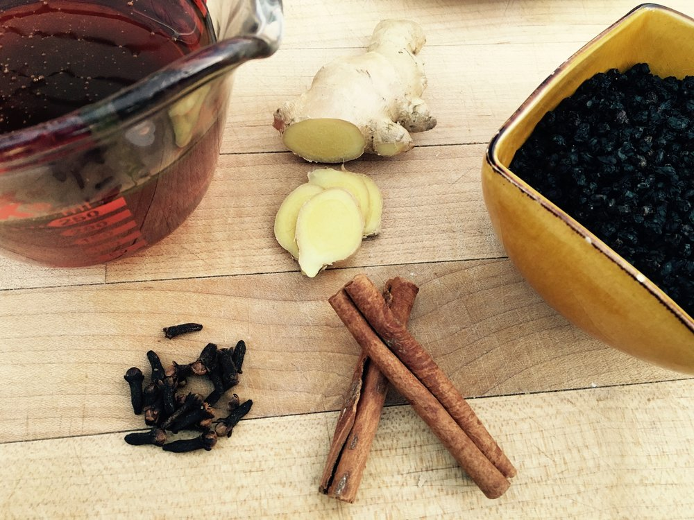 Ingredients-for-Elderberry-Syrup.jpg