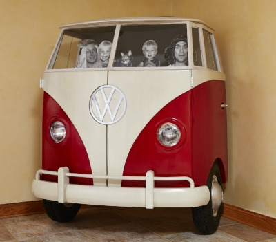 '65_VW_Bus_Entertainment_Center_0[1].jpg