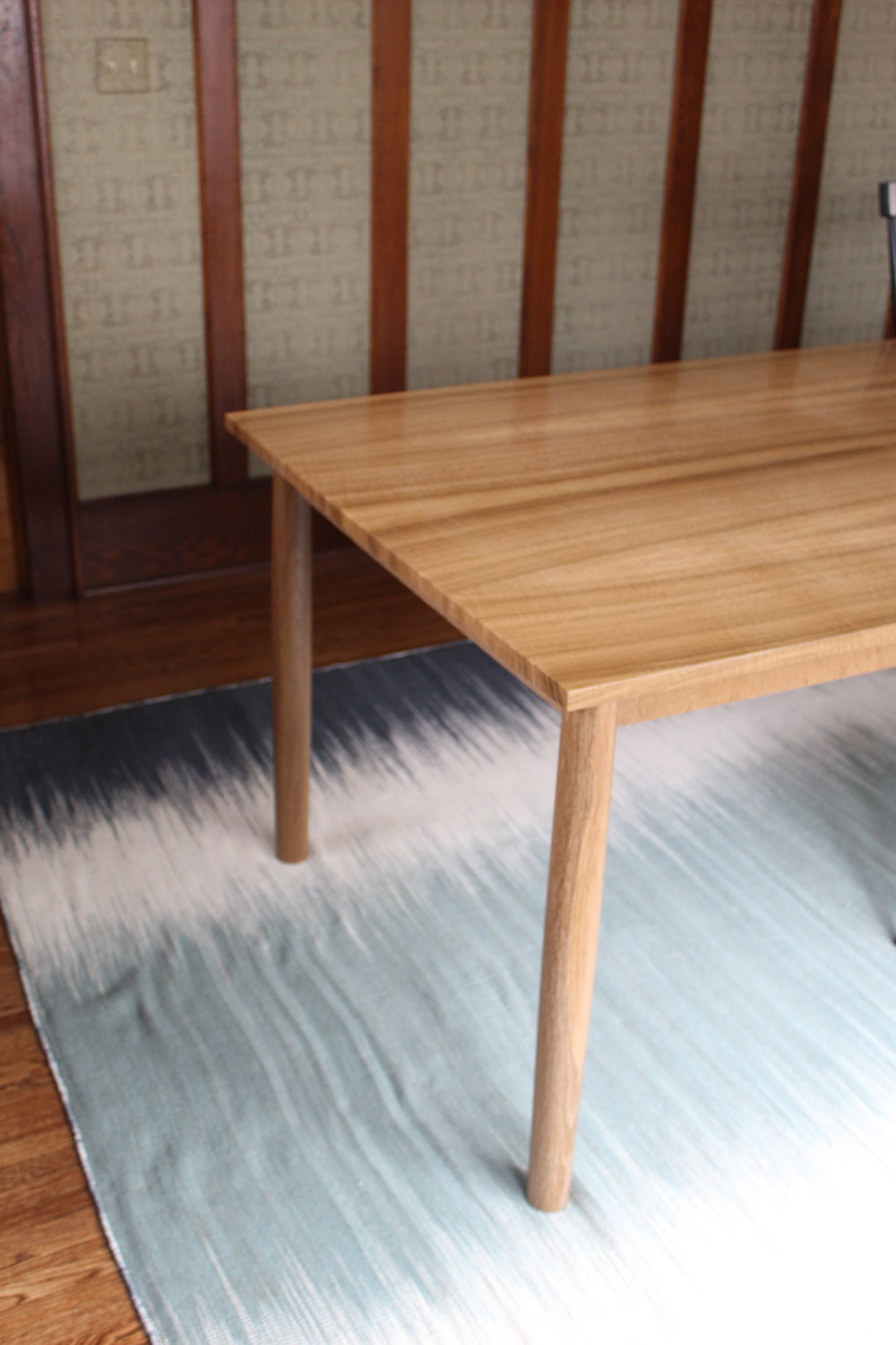 Fumed White Oak Table - w_o Chairs Corner Detail.JPG