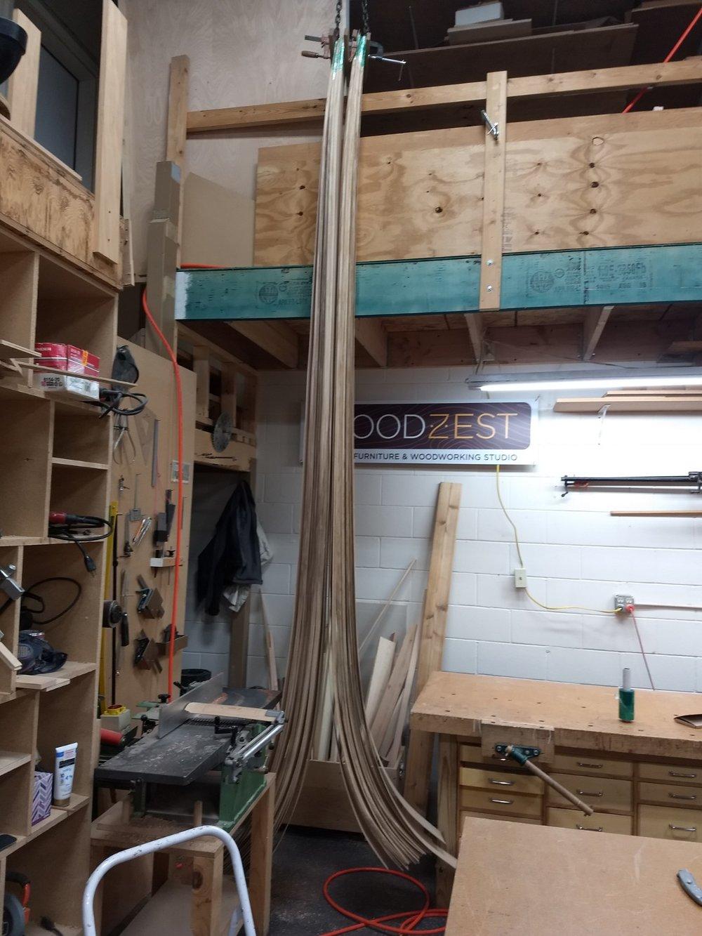 Hanging veneer to straighten