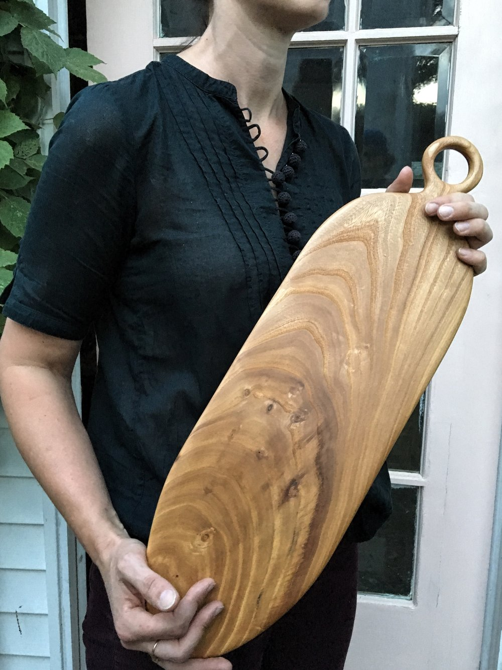Elm serving board