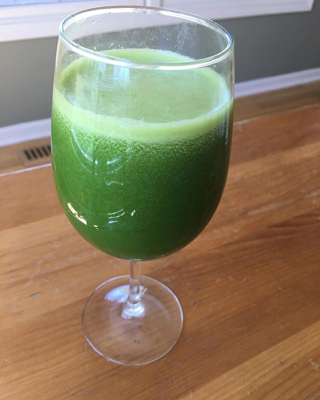It's the perfect time of the year to eat and drink lots and lots and lots of greens. This one? Spinach, apple with skin on,  1/4 lemon with rind and water in vitamix. Ran through sieve to lose some of the foam on top. #refreshing #cleansing #spring #springcleaning #springgreens #juicing #vitamix #nourishtoflourish #nourishtoflourishsociety #nourish #organic