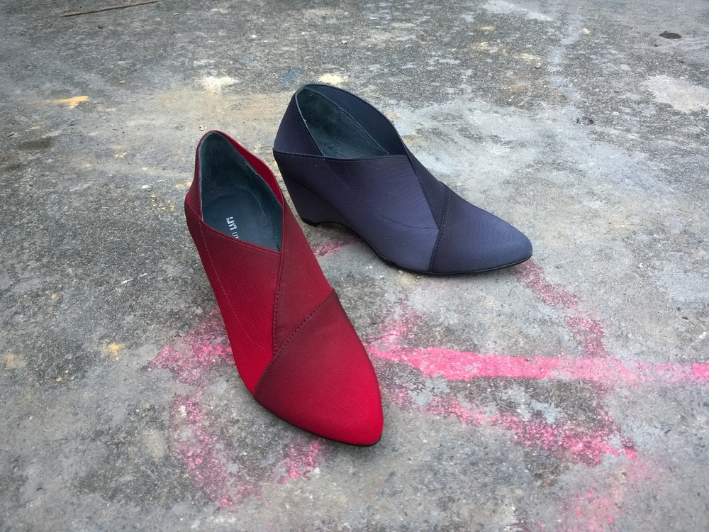 UNITED NUDE 'ORIGAMI' falcon or wine, upper elastic banding, lining soft leather