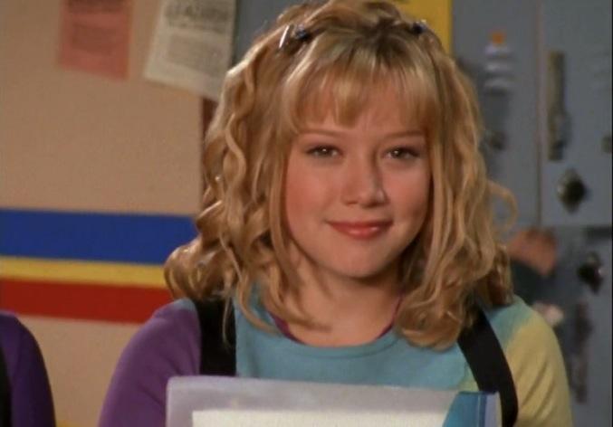 Lizzie-McGuire-Hair_Some-Curls-1.jpg