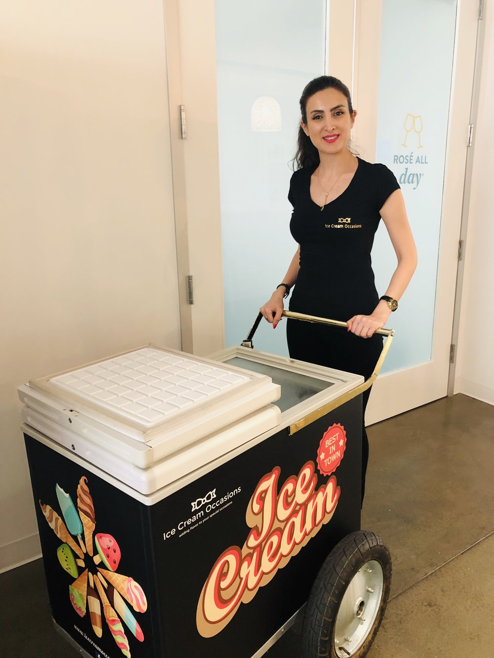 Ice cream cart rental in Inglewood, CA for office party