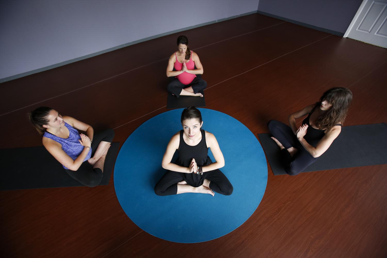 yoga dixon il
