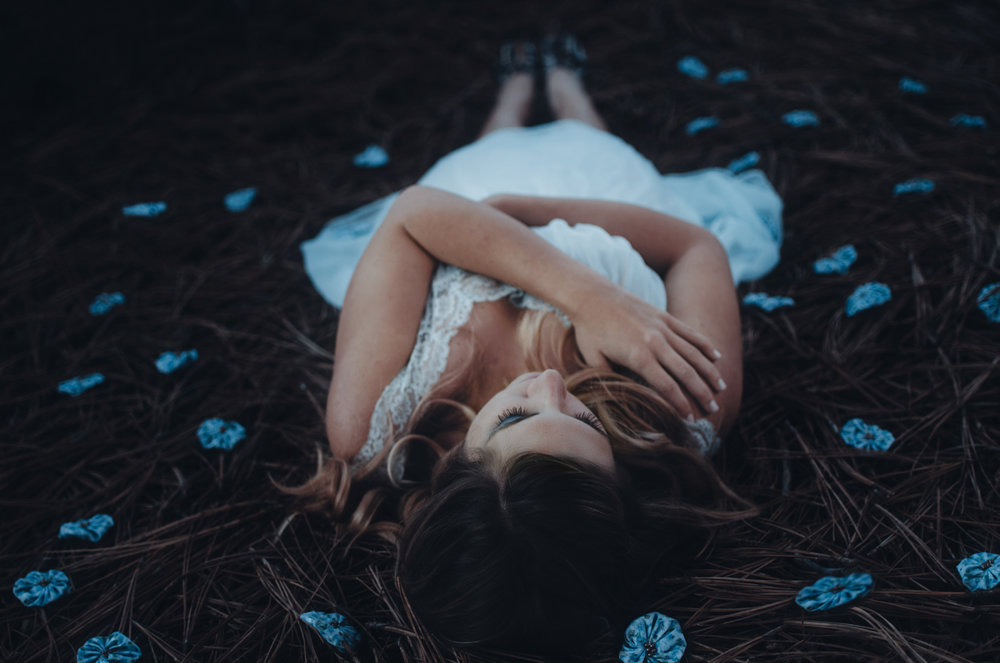 Wonderland - Dreamy Fairytale Portraiture