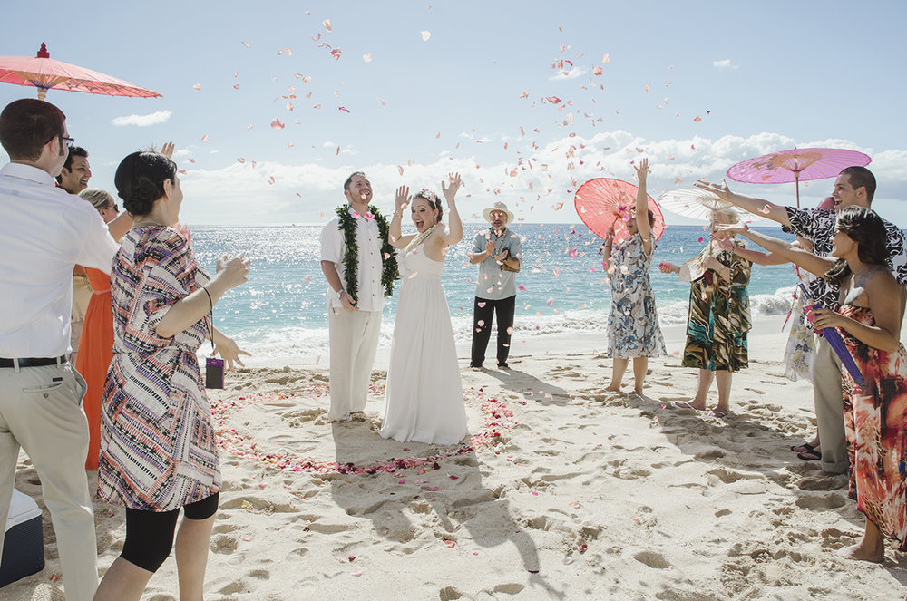 Luke & Stephanie - Hawaii Destination Wedding Photography at Yokohama Bay on Oahu