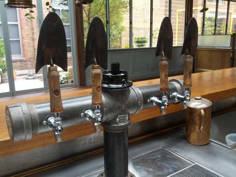 spade-beer-taps.jpg