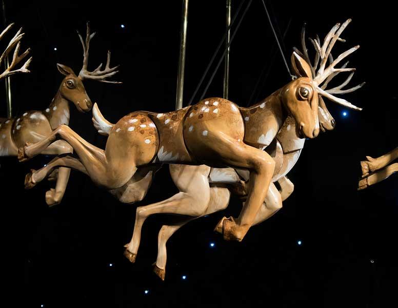 Reindeer-detail-2.jpg