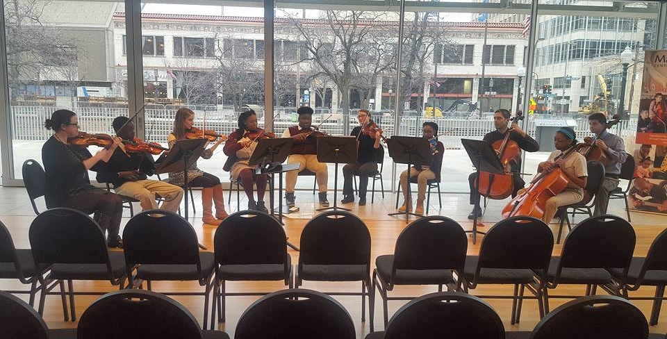 Through a partnership with MacPhail Center for Music, 5th and 6th grade scholars perform at Orchestra Hall as part of our strings program.