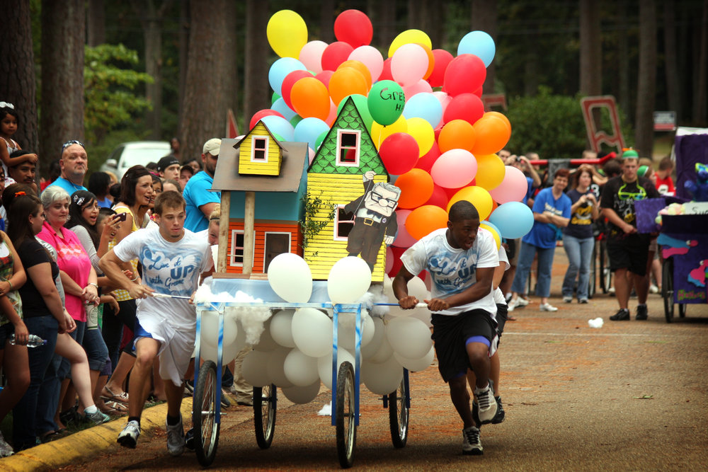 Southern_Arkansas_University's_Family_Day_bed_race.jpg