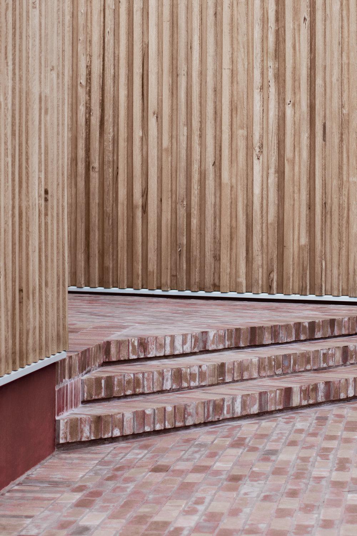 SYDNEY-RESIDENTIAL-ARCHITECT-TRIAS-STUDIO-THREE-PIECE-HOUSE-P04-BH.jpg