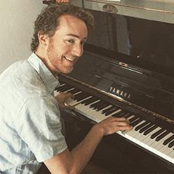 peter-simones-piano.png