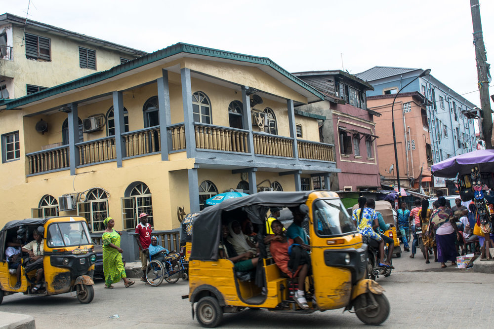 Street view in the Popo Aguda quarter, Lagos.  ©Aderemi Adegbite
