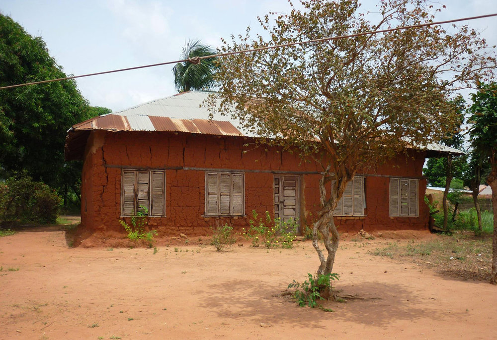 The house in Ouidah built by José Pedro Autran and Francisca da Silva (Iyá Nassô). The tree in front is a pitangueira, native to Brazil. Oral traditions hold that it was planted from a seed brought from Brazil. ©Lisa Earl Castillo