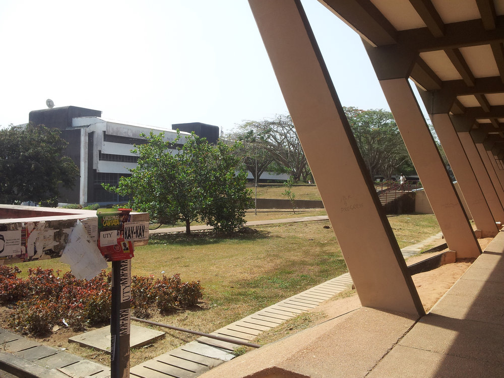 The university campus at the Ọbáfẹmi Awólọ́wọ̀ University, dry season, 2015. Architect Arieh Sharon built it in 1970. The style is popular today as 'brutalist architecture', from the French term 'béton brut', raw concrete. It was a typical modernist's material in arts worlwide (compare the Sacred Grove of Osogbo). ©orishaimage.com