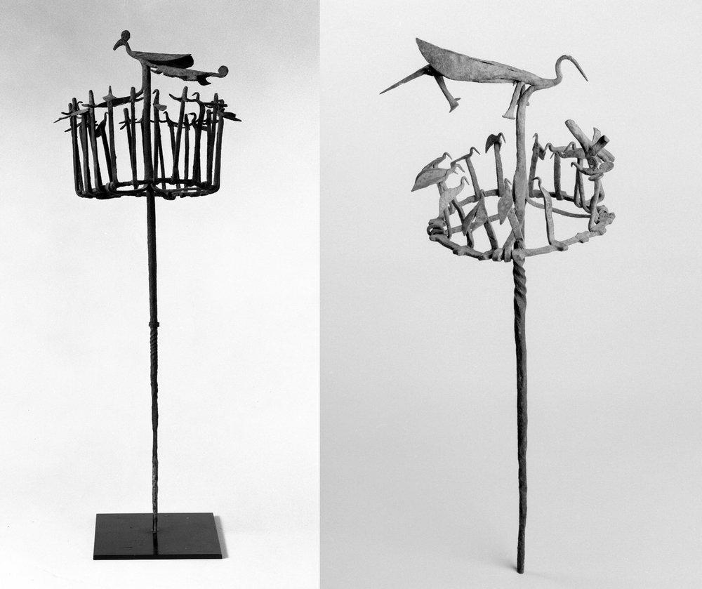 """Dois exemplos para as equipes de Ọsanyìn. O do lado direito do século 19 é chamado de pessoal """"Ọsanyìn ou Erinlẹ"""" pelo museu. Imagens do Brooklyn Museum CC BY 3.0"""