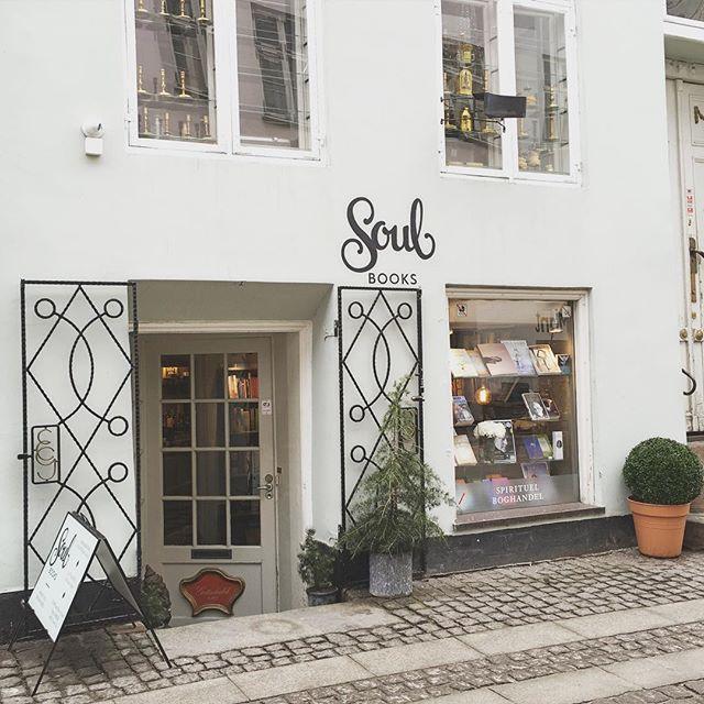 Lykke Emilie i Soul Books - Arrangement - Få en læsning