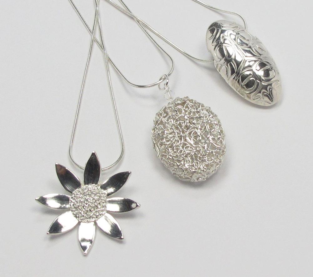 3_pendants.JPG