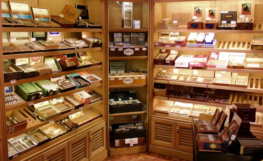 7.20.17 - SMOOTH ENDINGS (5-7 pm) - Cigars, Cigars, Cigars! Smooth Endings has the largest walk-in humidor in the area, equipped with private lockers and a comfortable indoor smoking lounge for club members. This will be a night to remember! We will be talking cigars with all of the members and guests... come join us!